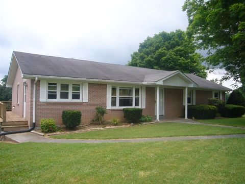 767 Clementsville Rd, Red Boiling Springs, TN 37150