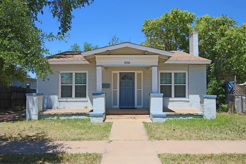 lubbock county catholic singles Official lubbock county homes for rent  see floorplans, pictures, prices & info for available rental homes, condos, and townhomes in lubbock county, tx - page 2 of 5.
