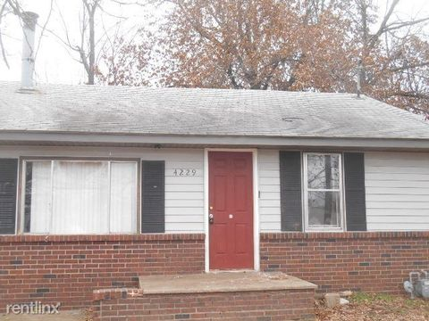 Photo of 4229 W Maple St, Springfield, MO 65802