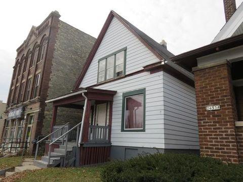 2447 N Holton St  Milwaukee  WI 53212. Milwaukee  WI Real Estate   Milwaukee Homes for Sale   realtor com