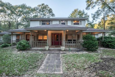 Photo of 17551 Rogers Rd, New Waverly, TX 77358