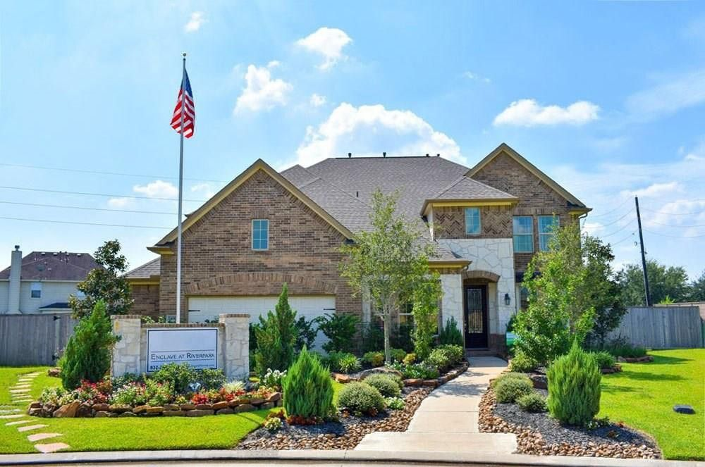2406 Sandy Ridge Ct Sugar Land, TX 77479