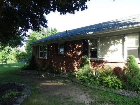20 Brookside Ct, Lake Katrine, NY 12449