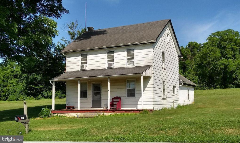 3161 Compass Rd, Honey Brook, PA 19344