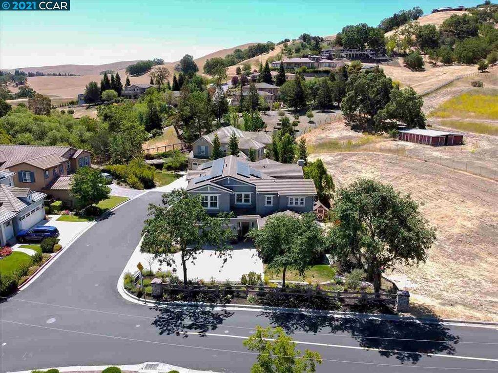 21 Rockhaven Ln Danville, CA 94526