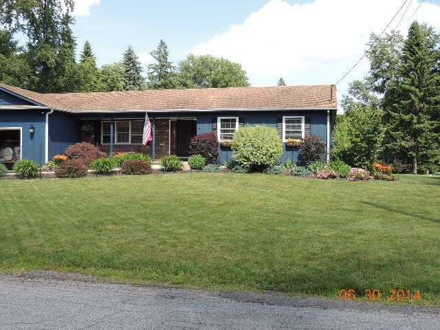 8 Rowley Ct, Jamestown, NY 14701