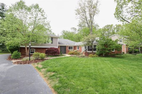 Photo of 7390 Thumbelina Ln, Montgomery, OH 45242