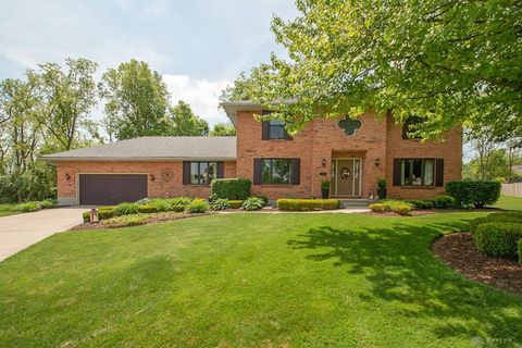 Photo of 35 Dogwood Ct, Springboro, OH 45066