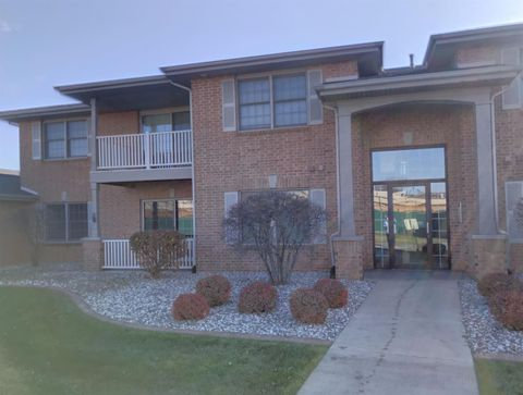 9735 Wildwood Ct Apt 1 A, Highland, IN 46322