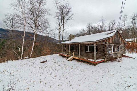 3672 North Rd, Sunderland, VT 05250
