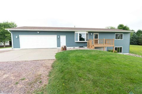 Photo of 26449 487th Ave, Valley Springs, SD 57068