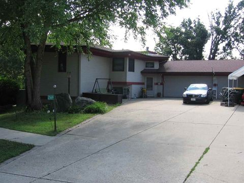 American Heritage, Cottage Grove, WI Real Estate & Homes for Sale ...