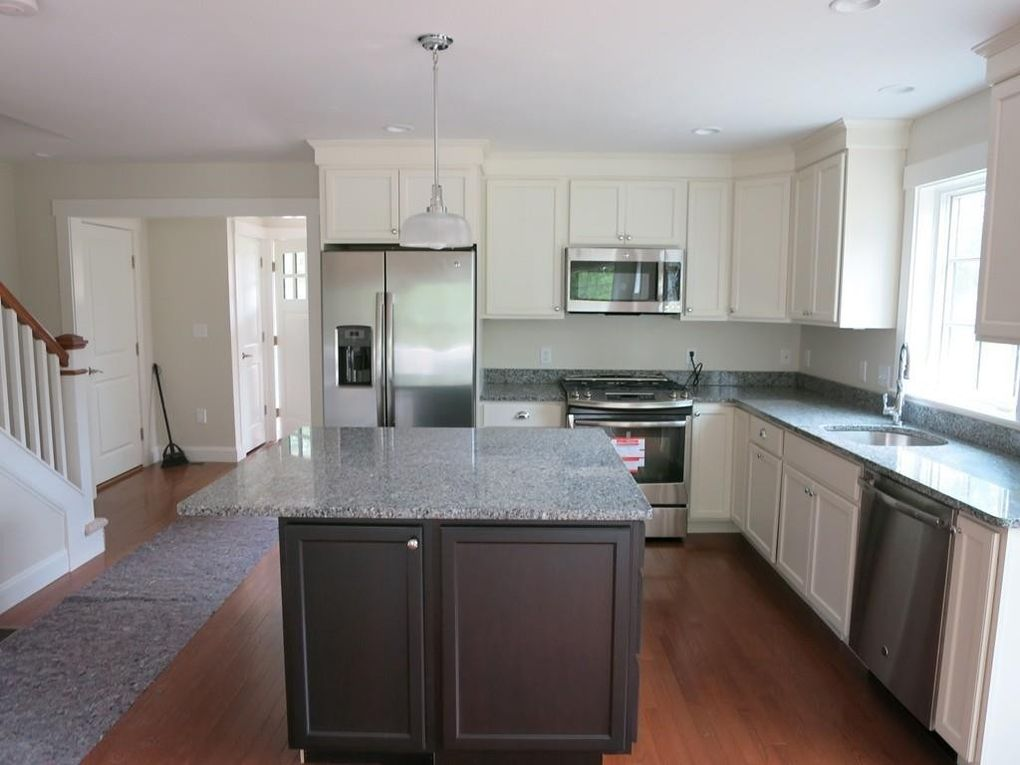 39 Inkberry Ln, Plymouth, MA 02360
