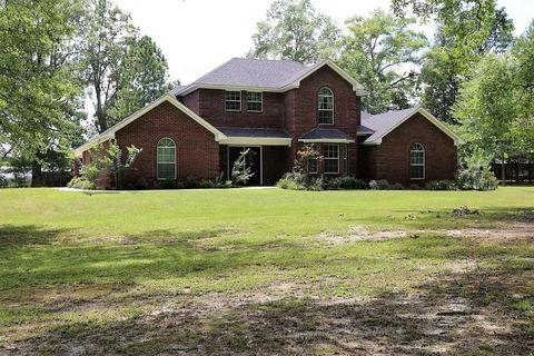 640 A Starkville Rd, Houston, MS 38851