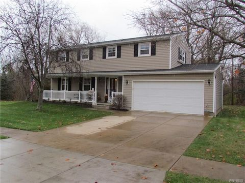 238 Heather Hill Dr, West Seneca, NY 14224