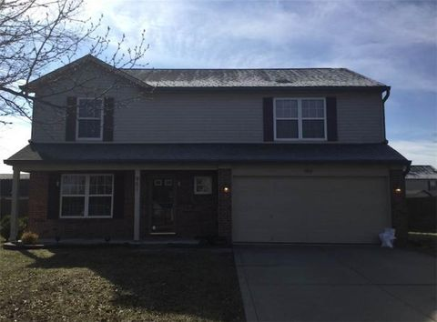 Photo of 951 Foxtail Dr, Franklin, IN 46131