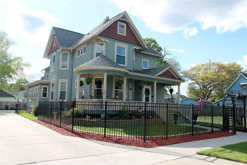 469 N Terrace St Janesville, WI 53548