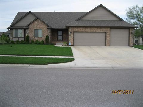 9310 W Moss Rose Ct, Maize, KS 67101