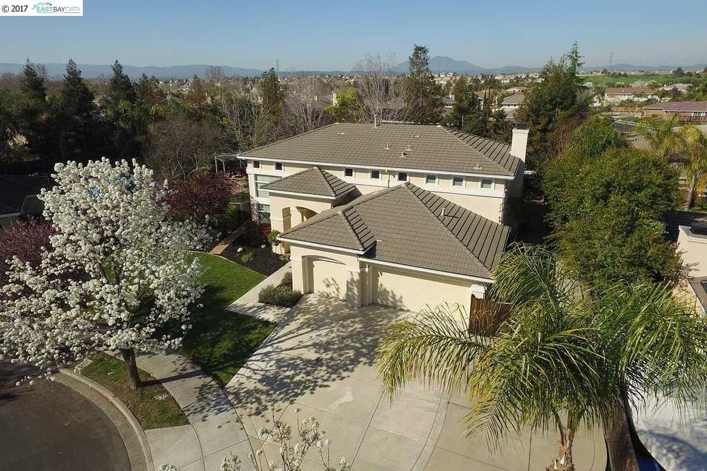 843 Vernazze Ct, Brentwood, CA 94513