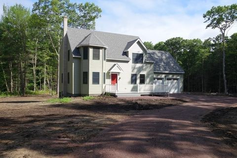 Photo of 341 E Chestnut Hill Rd, Montague, MA 01351