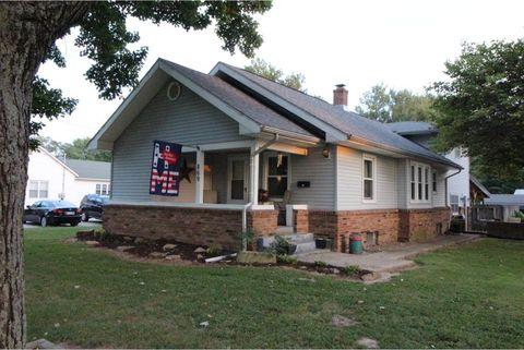 869 E State St, Bridgeport, IL 62417