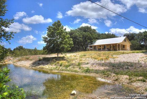 Photo of 255 N Thunder Crk, Utopia, TX 78884