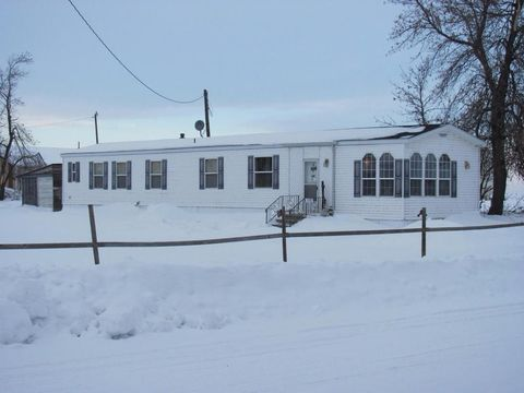 519 Central Ave E, Jud, ND 58454