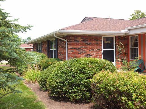 8700 Washington Colony Dr, Dayton, OH 45458