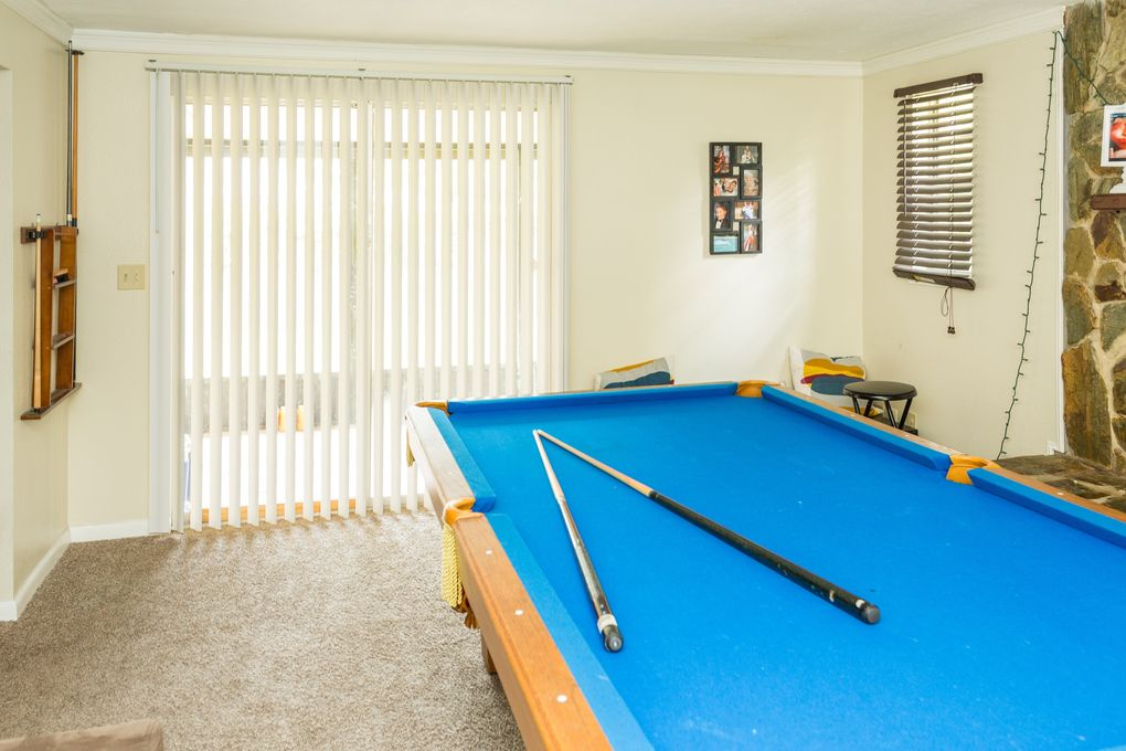 Tiburon Dr Seffner FL Realtorcom - Tiburon pool table