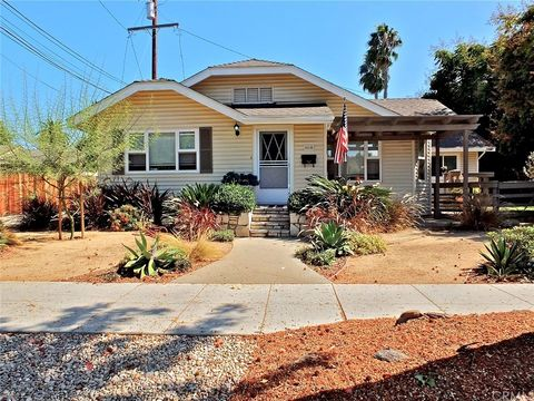 516 Loma Ave, Long Beach, CA 90814