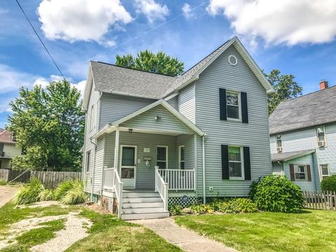 1527 Frazer Ave Nw, Canton, OH 44703