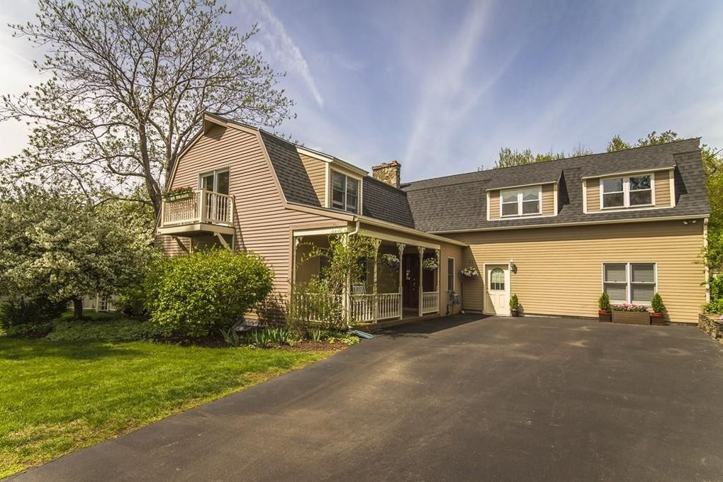 4 Mount Pleasant Ave, Leicester, MA 01524