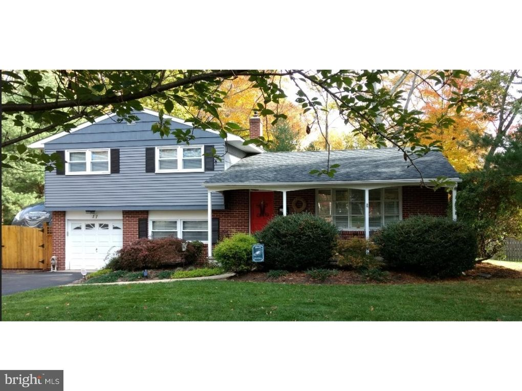 11 Beechwood Ln Yardley, PA 19067