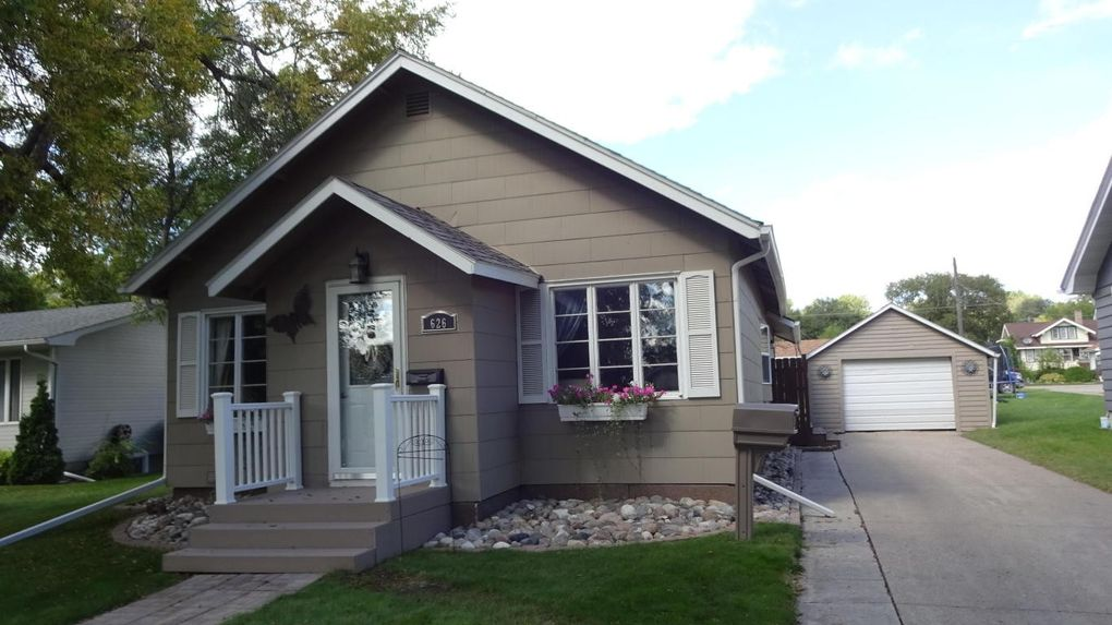 626 4th St Nw, Valley City, ND 58072 - realtor.com®