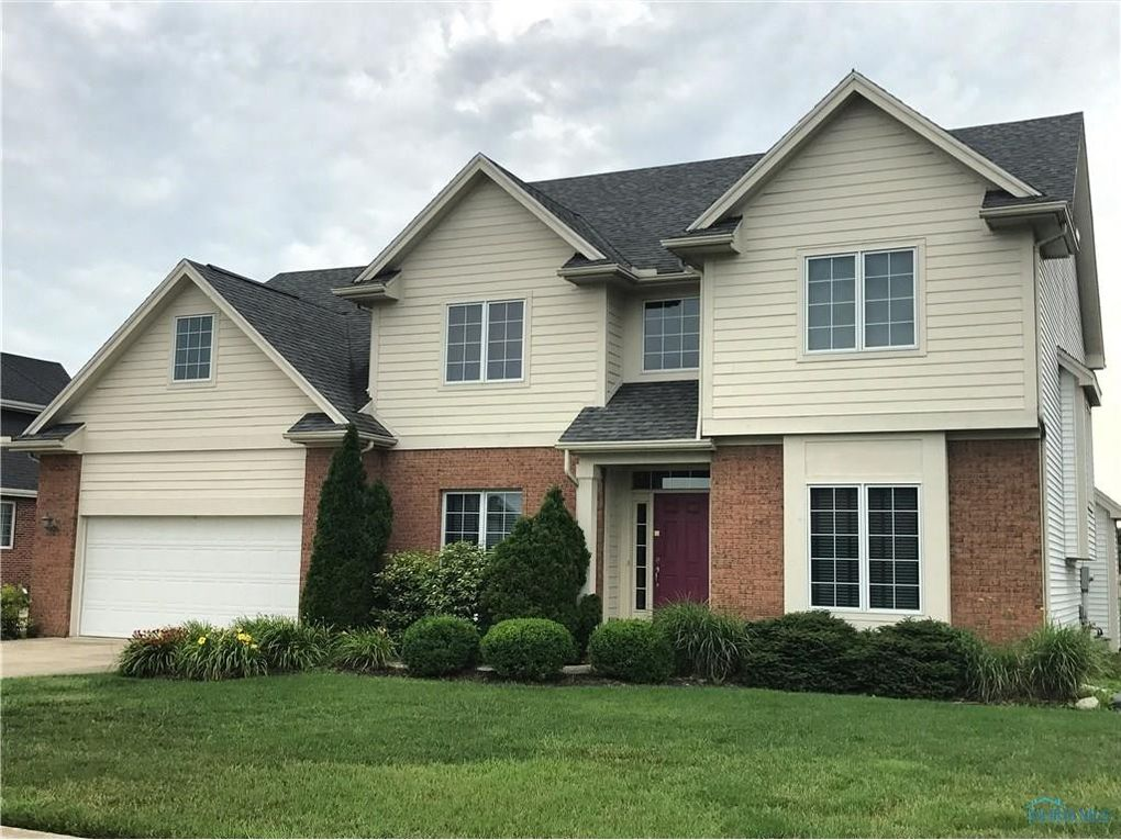 813 Pine Valley Dr, Bowling Green, OH 43402 - realtor.com®