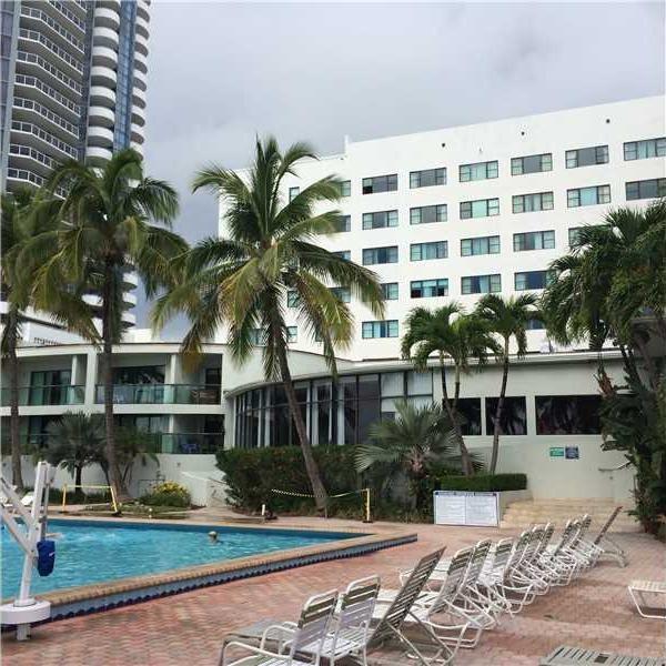 6345 Collins Ave Apt 719 Miami Beach FL 33141