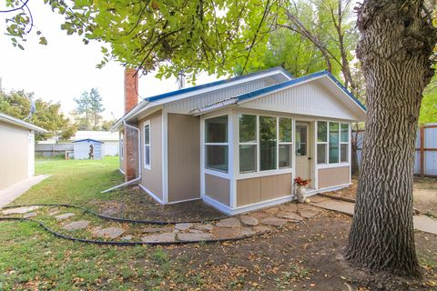 17 Louise Ave, Tracy, MT 59472