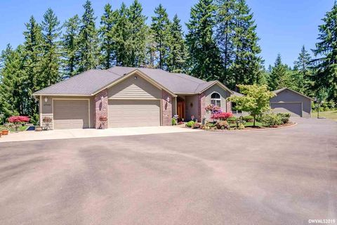 Photo of 27095 Old Holley Rd, Sweet Home, OR 97386
