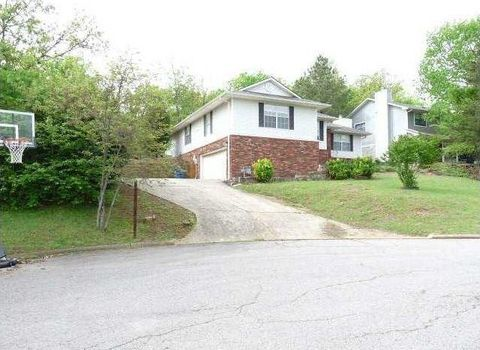 3616 Coventry Ln, Fort Smith, AR 72908