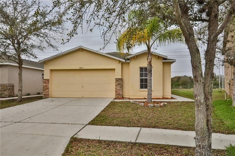 8012 Carriage Pointe Dr, Gibsonton, FL 33534