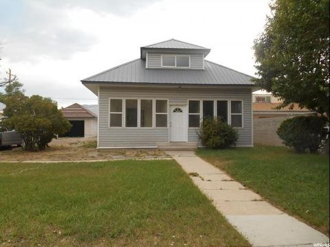 175 N Main St, Huntington, UT 84528