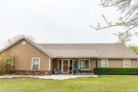 Photo of 8112 Greendale Rd, Tulsa, OK 74131