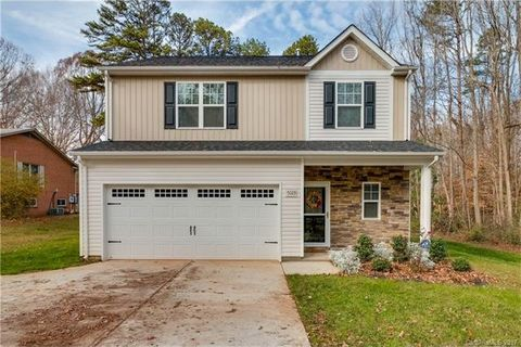 5023 Lakeview Rd, Charlotte, NC 28216
