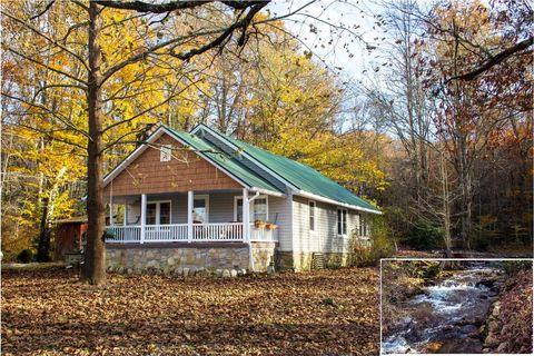 57 W Mill Creek Rd, Robbinsville, NC 28771