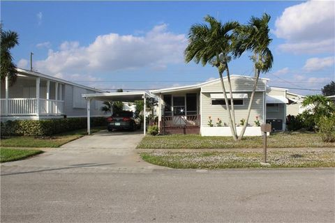Photo of 4327 Mission Bell Dr, Boynton Beach, FL 33436