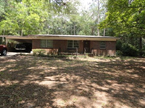 159 Smith St, Crestview, FL 32539
