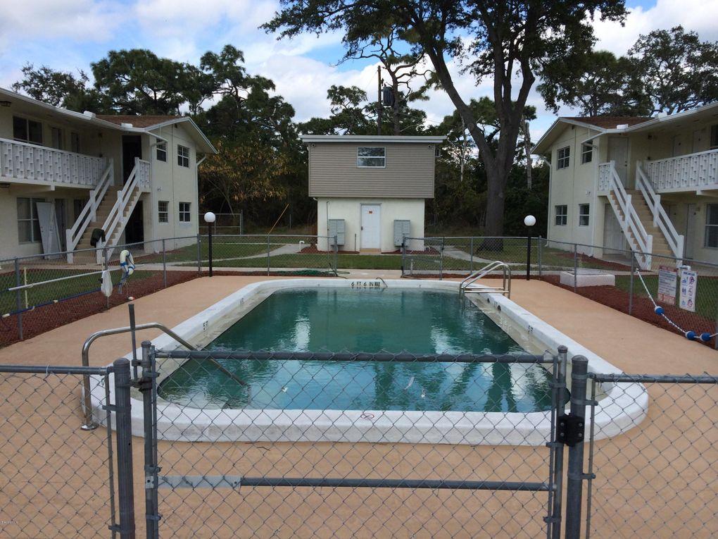 1440 Parkway Dr, Melbourne, FL 32935