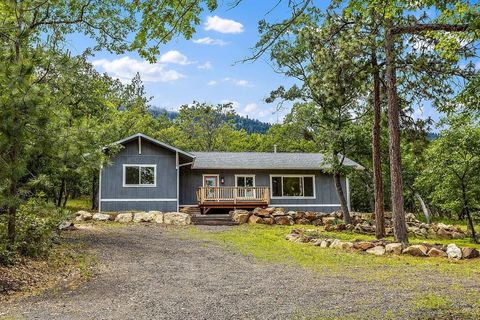 Photo of 4415 Old Highway 99 S, Ashland, OR 97520