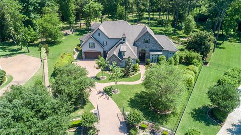 The Woodlands Cust Tx Houses For Sale With Swimming Pool Realtor Com
