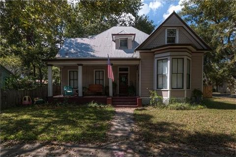 page 2 smithville tx real estate homes for sale